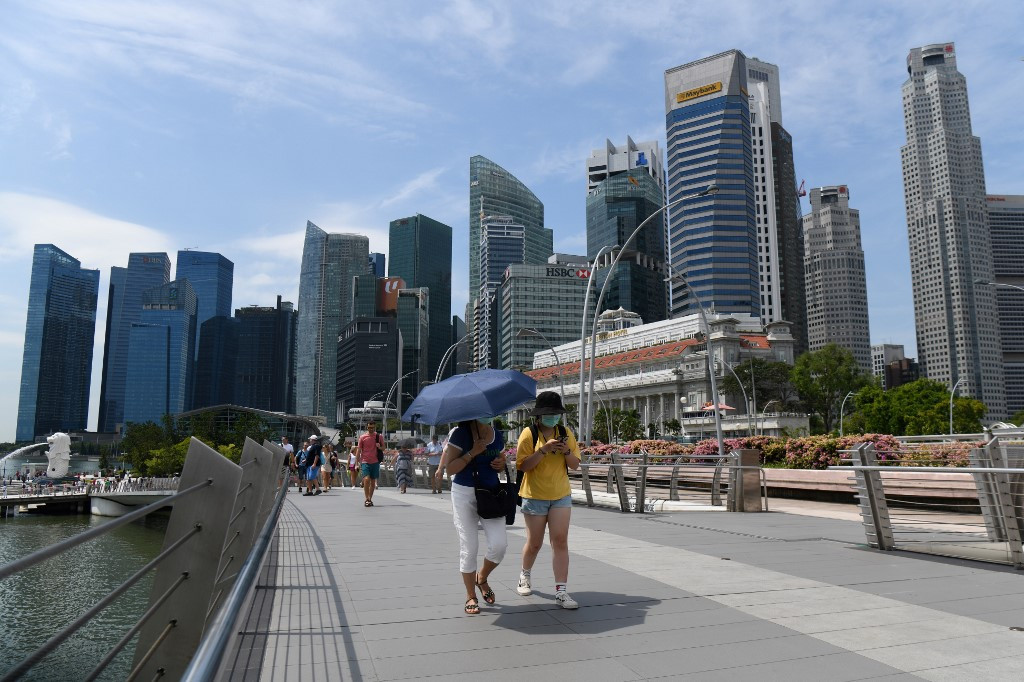 BREAKING: Three people in Singapore latest to test positive for ...