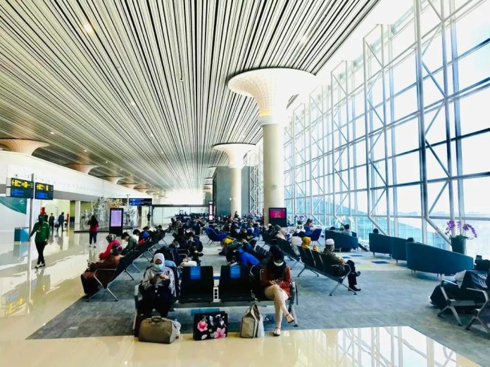 Only 70 Flights Of 79 000 Prior To Pandemic Now Operating In Indonesia Sri Mulyani Business The Jakarta Post