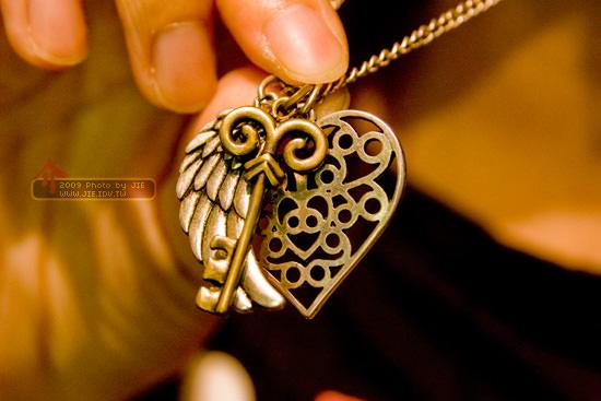 愛心翅膀項鍊
