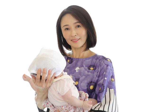 エンタメ 49歳で出産した小松みゆき見せた涙 子のため「長生きしなきゃ」
