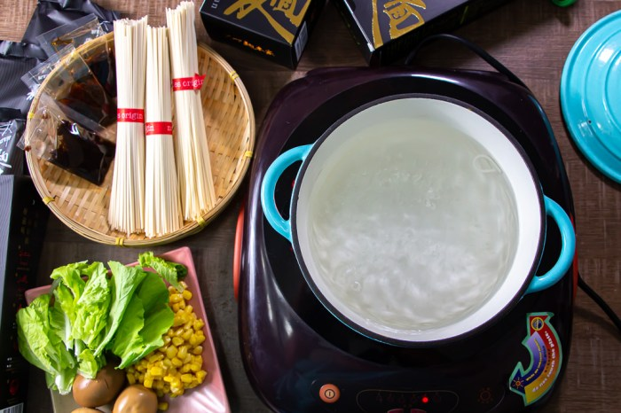 宅配美食,大呷麵本家,只要2分鐘,就能品嚐到傳承80年的好味道。
