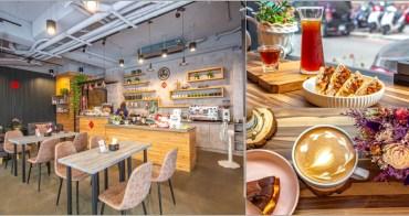 台中西屯,Queue cafe 咖啡漫嚐~午後悠閑時刻不妨來這兒品味時光。