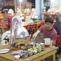 澎湖、馬公|澎湖大姐自助碳烤廣場・牡蠣螃蟹無限量供應的燒烤吃到飽/營業到十二點