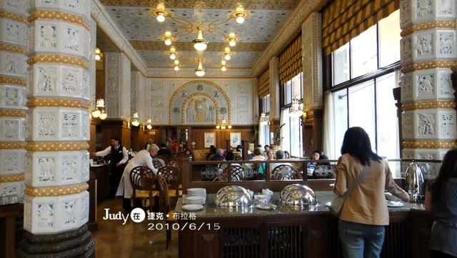 ❤奧捷之旅Day6(上):布拉格Praha:城堡區(舊皇宮+聖維特教堂)