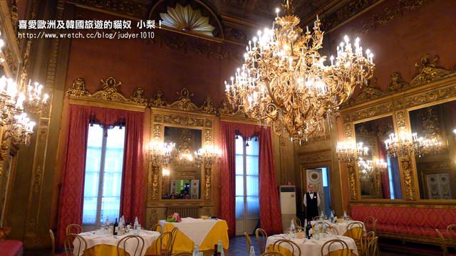【義大利】:12/11Day4(下):佛羅倫斯(百年皇宮餐廳、小豬噴泉、但丁之家、聖母百花教堂登頂之超美夜景)→威尼斯