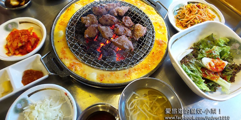 【韓國必吃美食】新村站\麻浦海鷗(烤肉店)마포갈매기,泡菜烤蛋真銷魂!(弘大也有分店哦~)