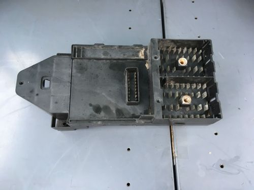 small resolution of 2003 2004 ford excursion f350 fuse box relay center bcm module 2c7t 14a067