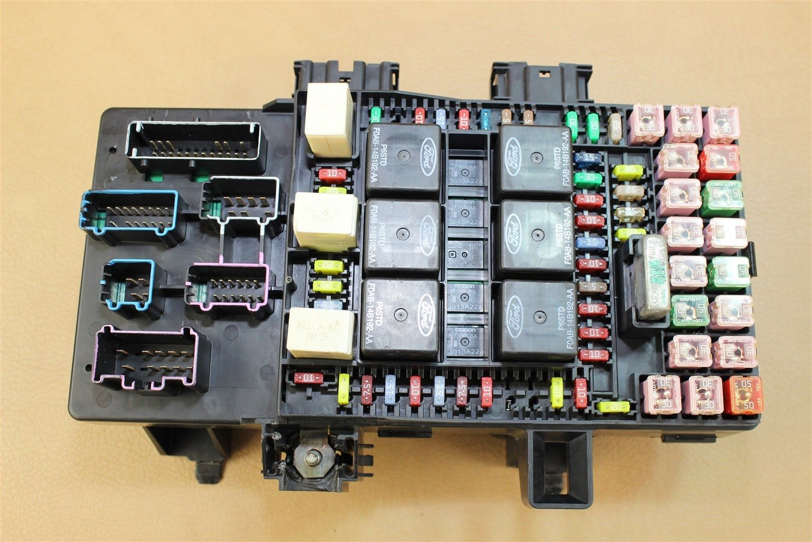 hight resolution of reman 03 navigator expedition fuse box module power distribution 3l7t 14a067 aa does not