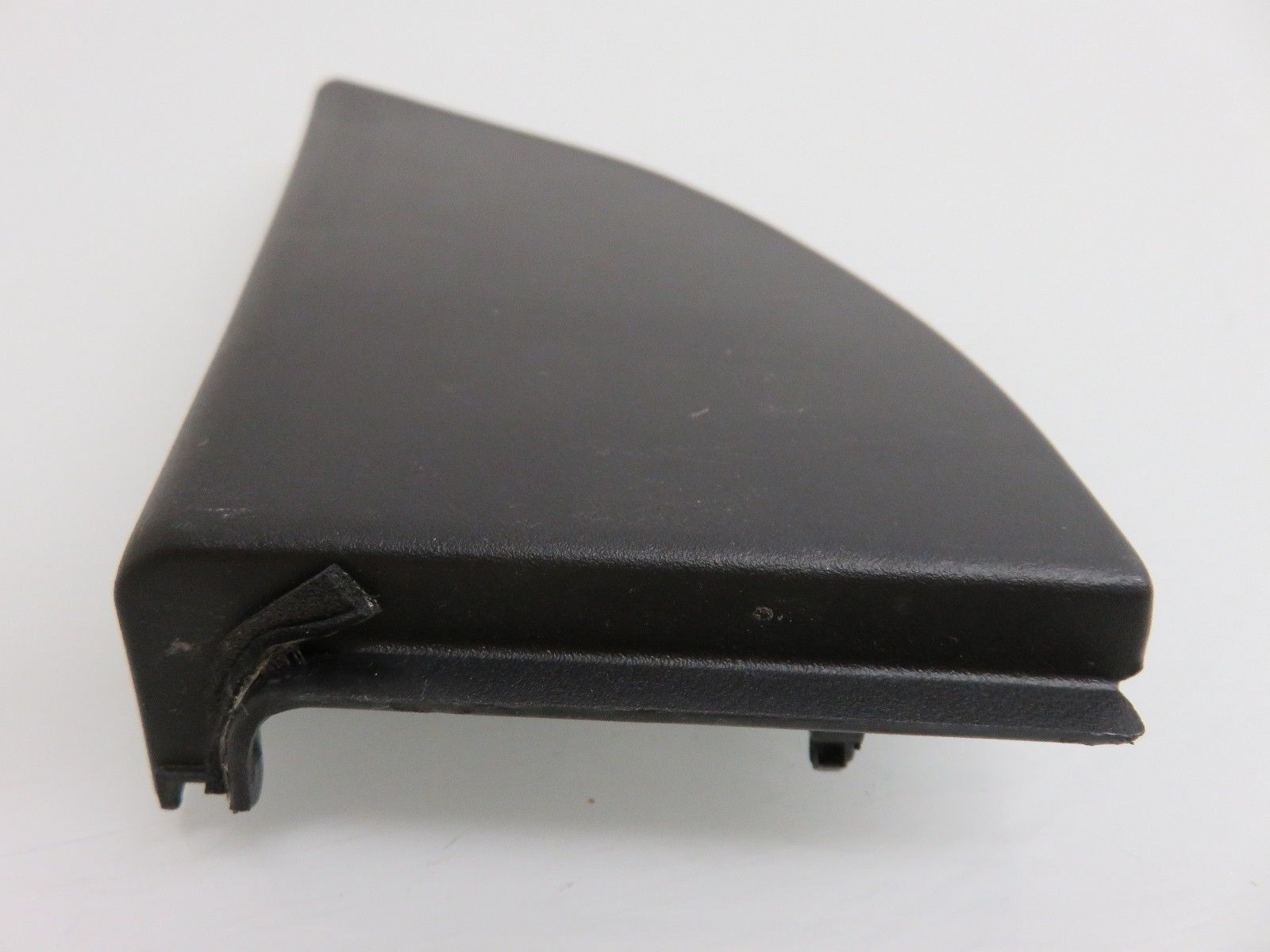 hight resolution of 04 09 lexus rx330 rx350 interior fuse box panel cover 67492 0e010 oem 67492