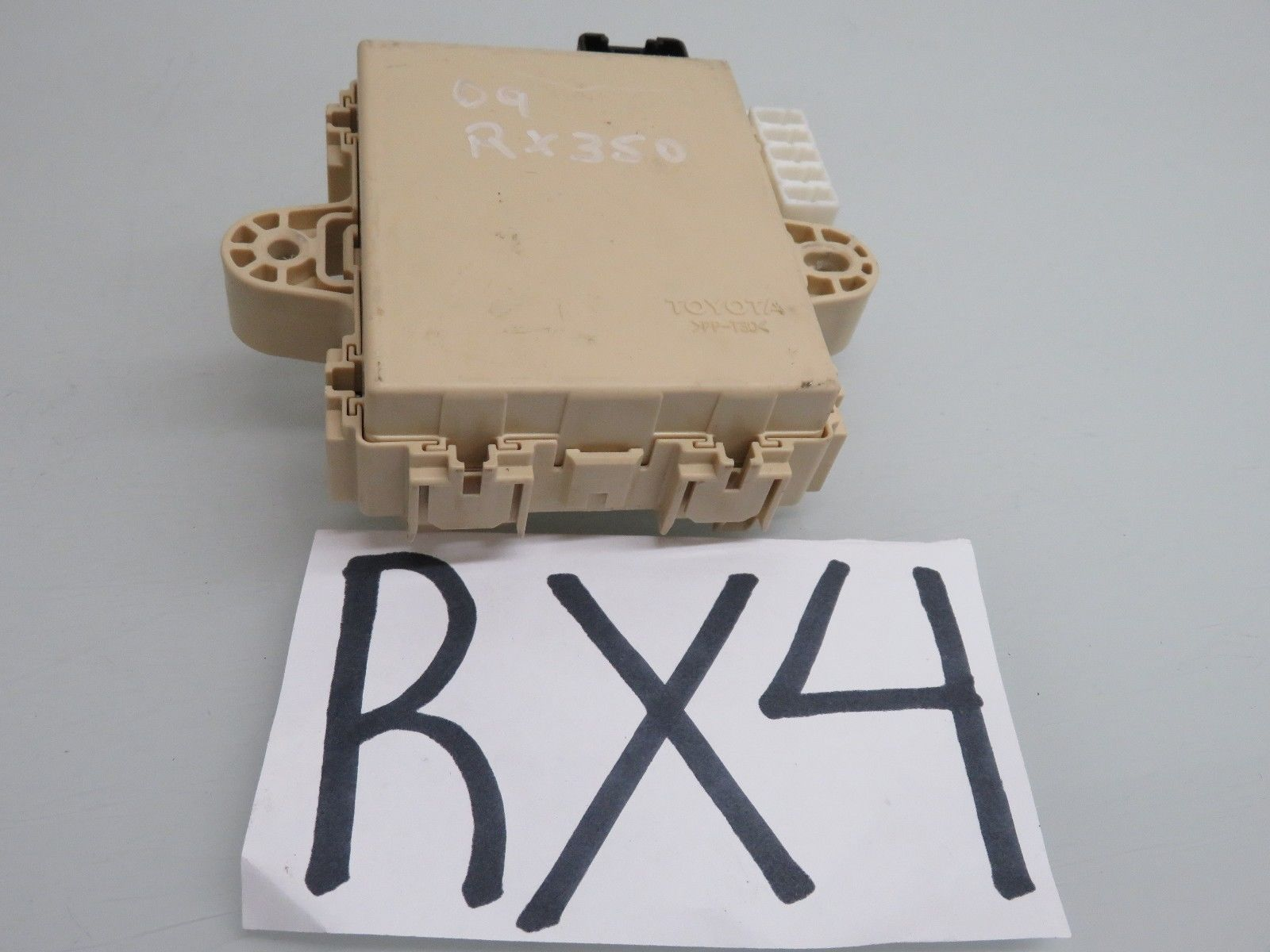 hight resolution of for lexu rx 330 fuse box