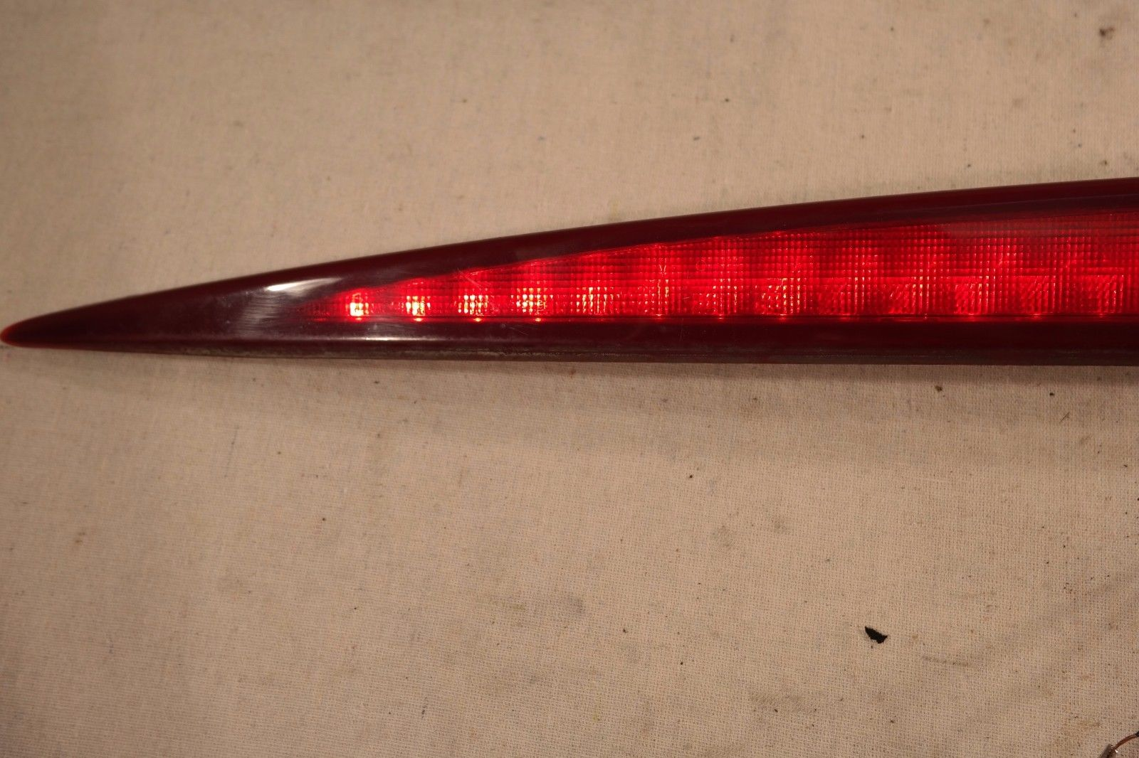 hight resolution of 2002 2006 cadillac escalade rear high mount 3rd third brake light oem 15044516