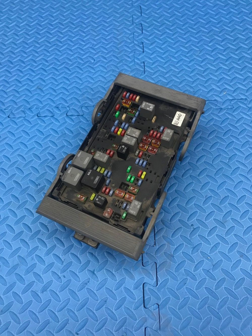 medium resolution of gm gmc truck part wire wiring junction fuse block relay panel box 25941370 01 does not