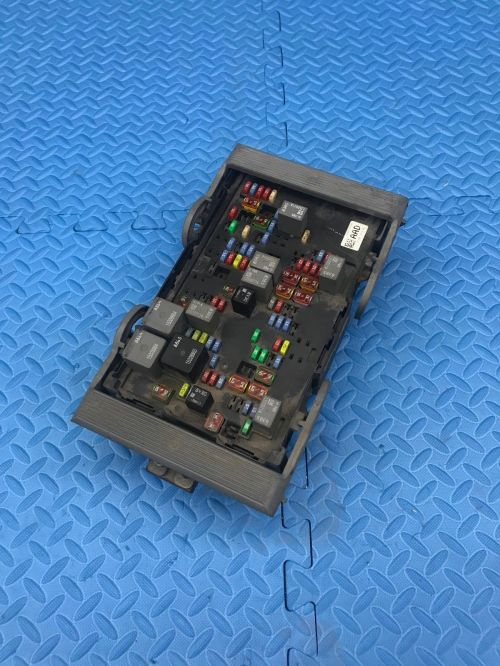 small resolution of gm gmc truck part wire wiring junction fuse block relay panel box 25941370 01 does not