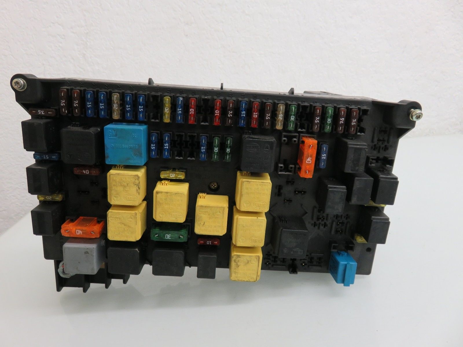 hight resolution of 98 05 mercedes w163 ml320 ml430 ml500 main fuse box fusebox relay module oem a