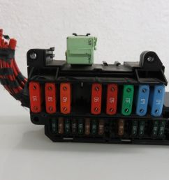 04 07 bmw e60 545i 550i front power distribution fuse box 6932452 oem 6932452 [ 1600 x 1200 Pixel ]