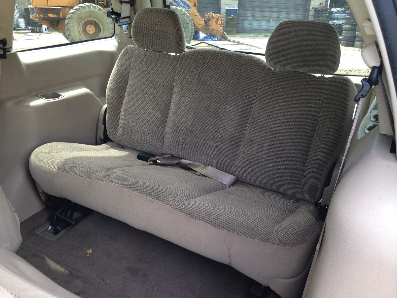 hight resolution of 01 02 03 ford windstar tan 3rd row seat 2001 2002 2003 third row seats storage