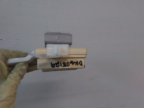 small resolution of dk608129 2001 2006 toyota sequoia interior fuse box relay panel connectors oem 2001 2002 2003