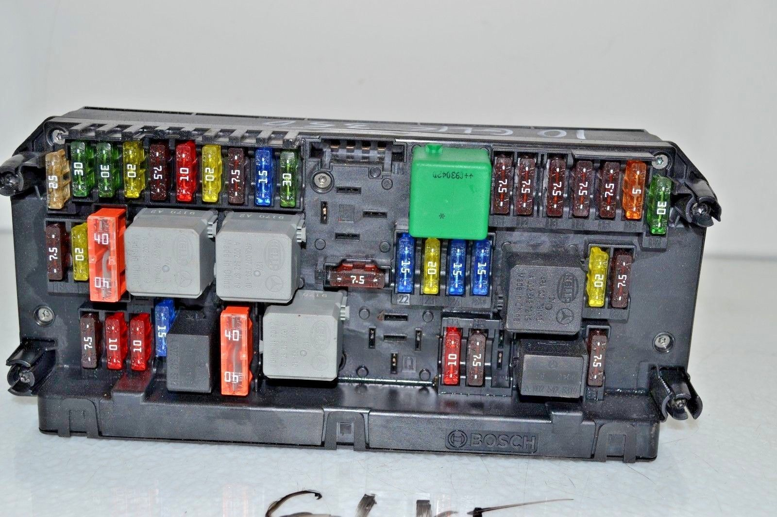 hight resolution of 2010 2012 mercedes glk350 front fuse box sam 2049009701
