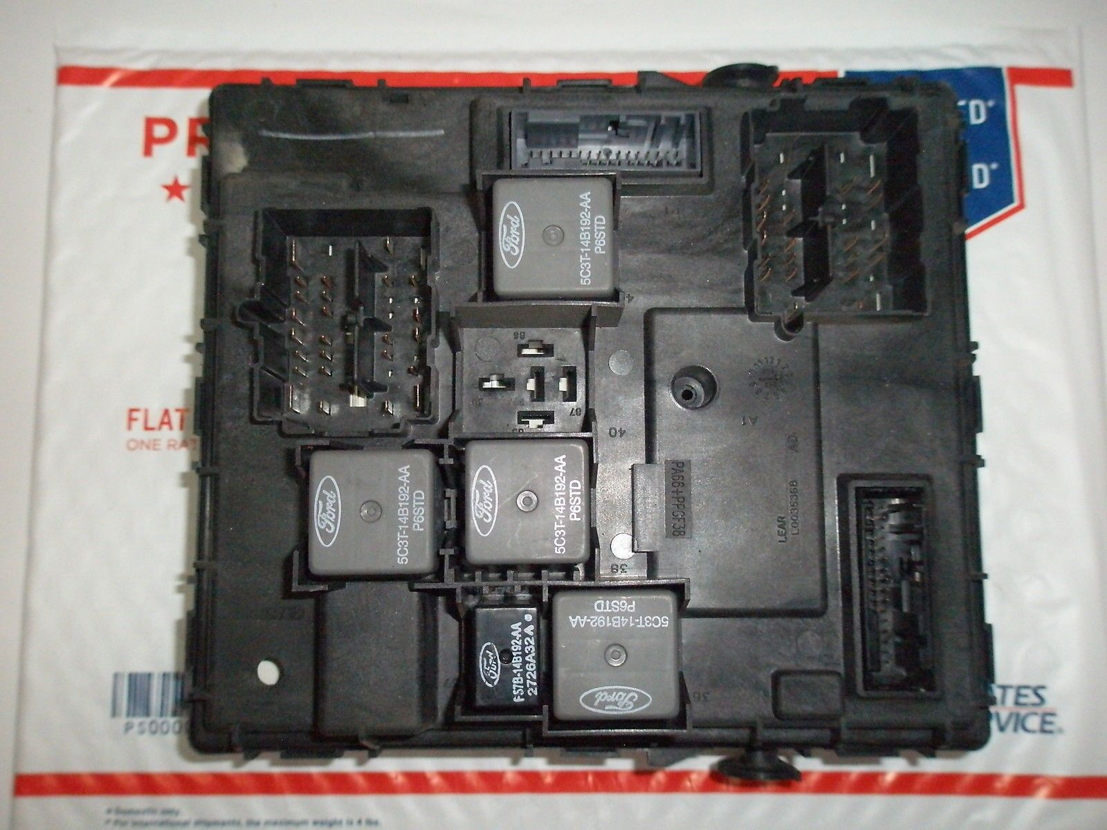 Fuse Box Diagram For 2006 Ford Escape Fixya
