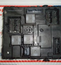 05 07 ford escape mazda tribute mariner fuse box multifunction 6l8t 14b476 ah [ 1600 x 1200 Pixel ]