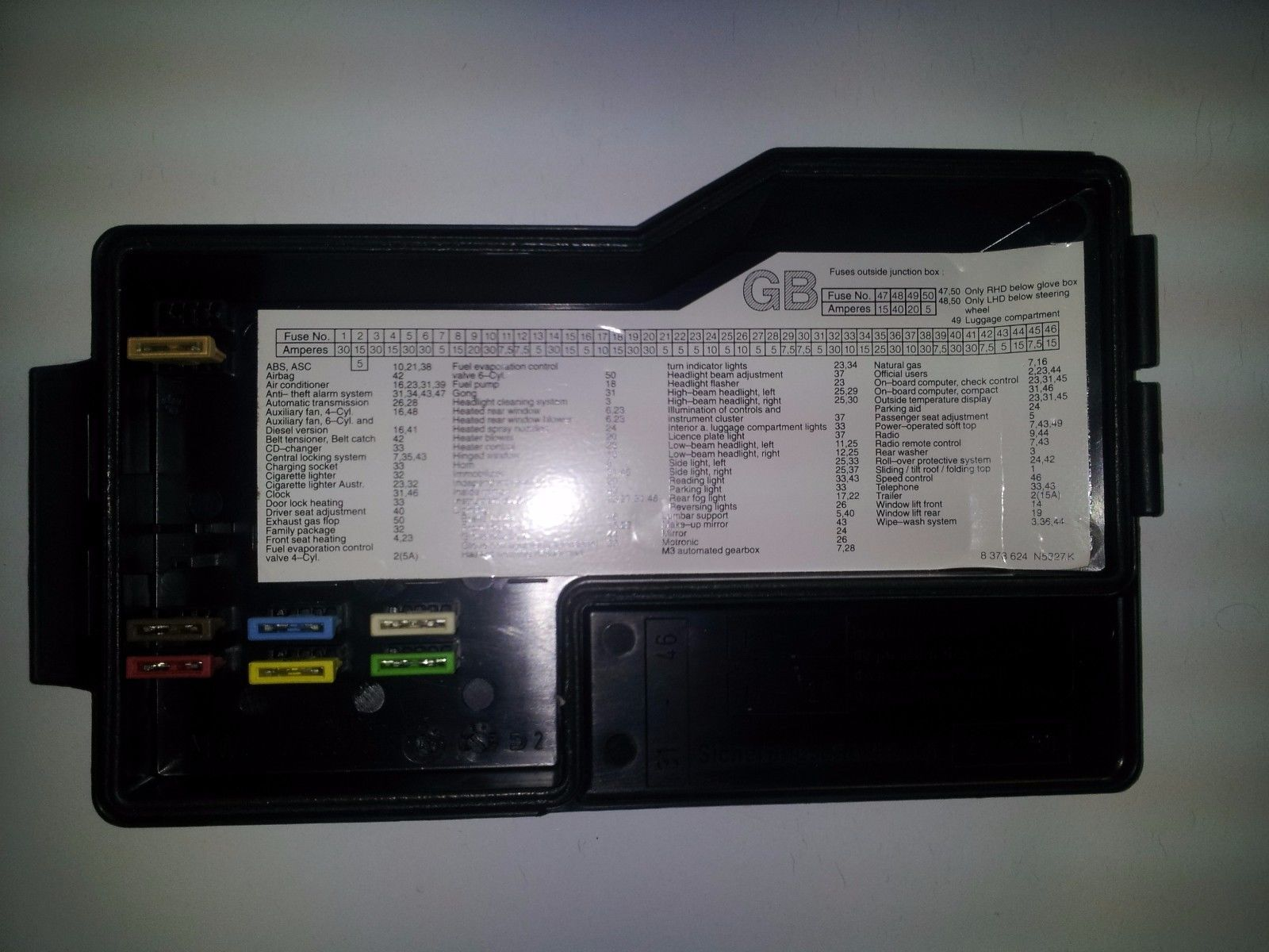 hight resolution of 1992 1993 1994 1995 1996 1997 1998 1999 bmw 3 series fuse box 61 13 1