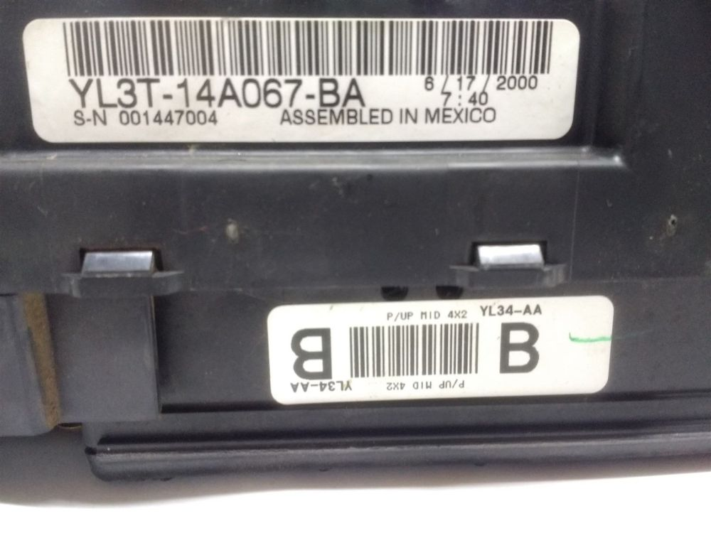medium resolution of 99 04 ford f150 interior dash fuse box junction with gem oem yl3t 14a067