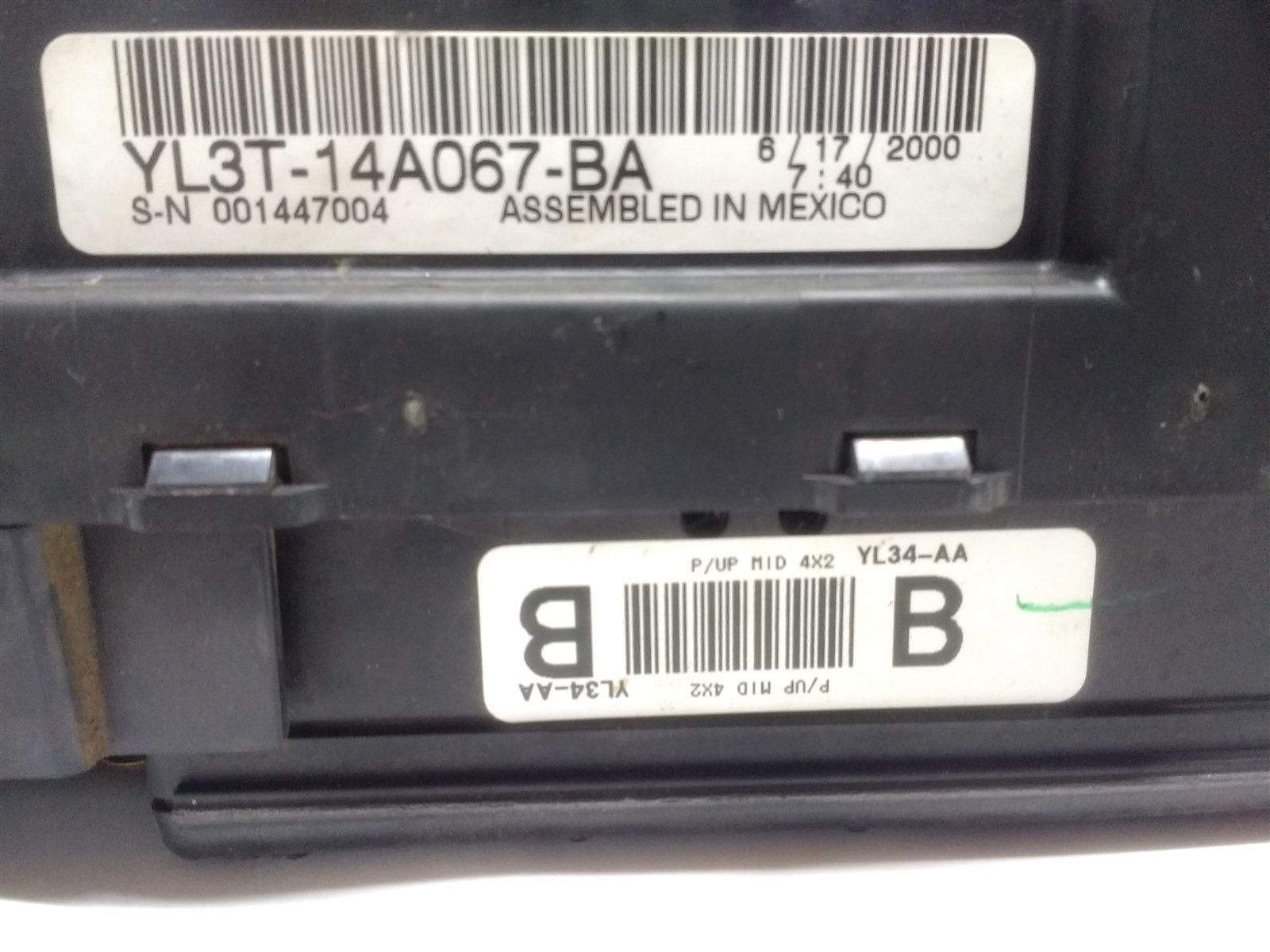 hight resolution of 99 04 ford f150 interior dash fuse box junction with gem oem yl3t 14a067