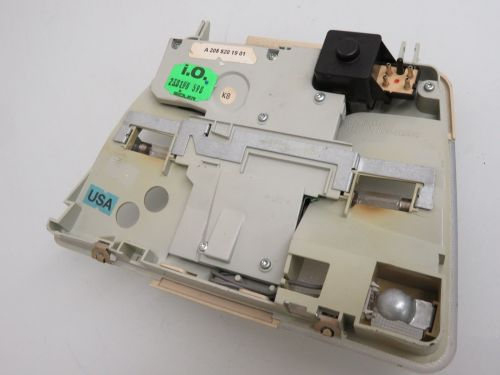 small resolution of 98 02 mercedes benz w210 e320 e430 overhead map reading dome light lamp oem