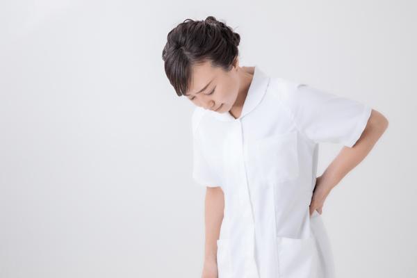 「腰痛 看護師」の画像検索結果
