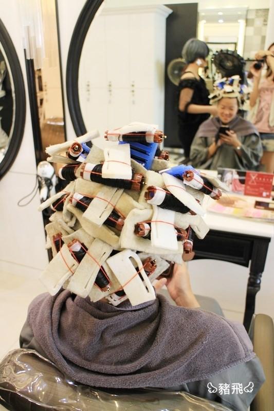 【美髮】happy hair大里店燙染護髮,彷彿日雜裡的新髮型亮相囉 - 豬飛小姐的彩色生活