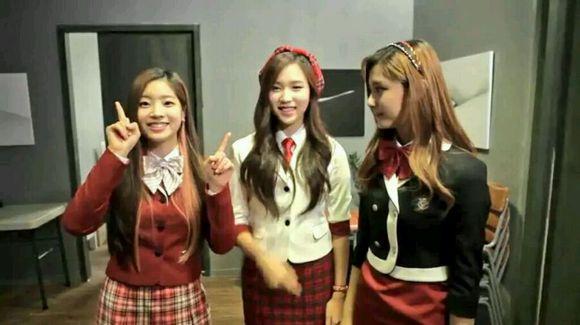 JYP新人女團出道前擔任校服模特(多圖) - kpopdata.com 韓星資料庫