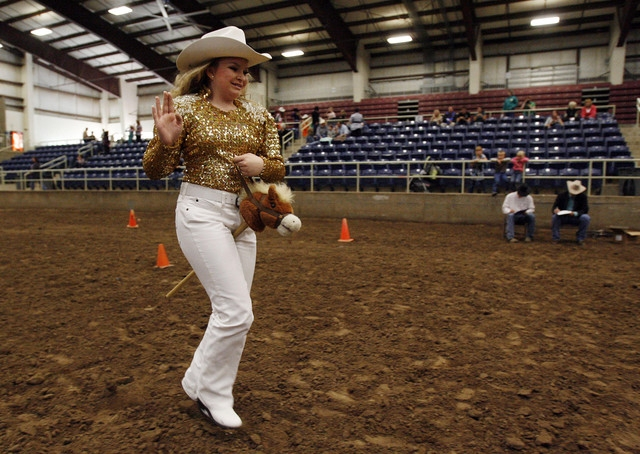 Horse herpes outbreak forces rodeo queens to ride stick