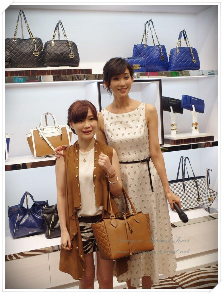 Jet Set Style! Michael Kors臺中大遠百開幕花絮。 - A Beauty and Fashion Blog by Nancy Tsai