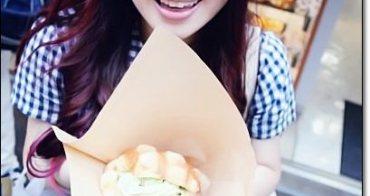 東京淺草美食 》花月堂。夏季限定冰淇淋菠蘿麵包,酥脆外皮鬆軟內裡,簡直比金澤的世界第二好吃還好吃/快閃東京三天吃吃喝喝影音VLOG