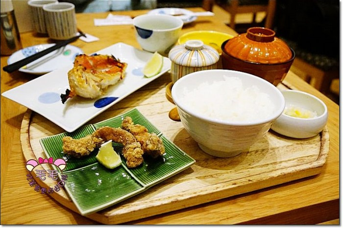 台北微風信義 》鶿克米tsukumi。真功夫超juicy會噴汁的一夜干,日本百年老店日式料理用心登台,服務和餐點都很優秀(信義.捷運市政府)