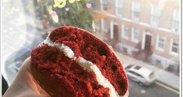 英國倫敦美食甜點 》Hummingbird Bakery Cupcakes。Red velvet whoopie pie紅絲絨屋比派甜滋滋♥聽說cupcake也很優