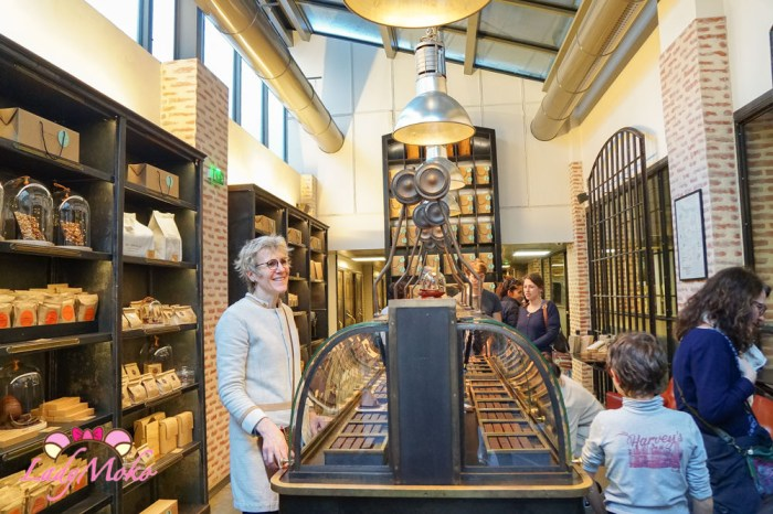 根本是巧克力博物館的Chocolat Alain Ducasse法國國寶級米其林星級主廚Alain Ducasse 巴黎精品巧克力專賣
