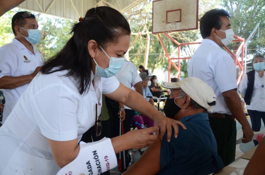 Solo un 7% de la población ha sido inmunizada de cuerdo con INEGI