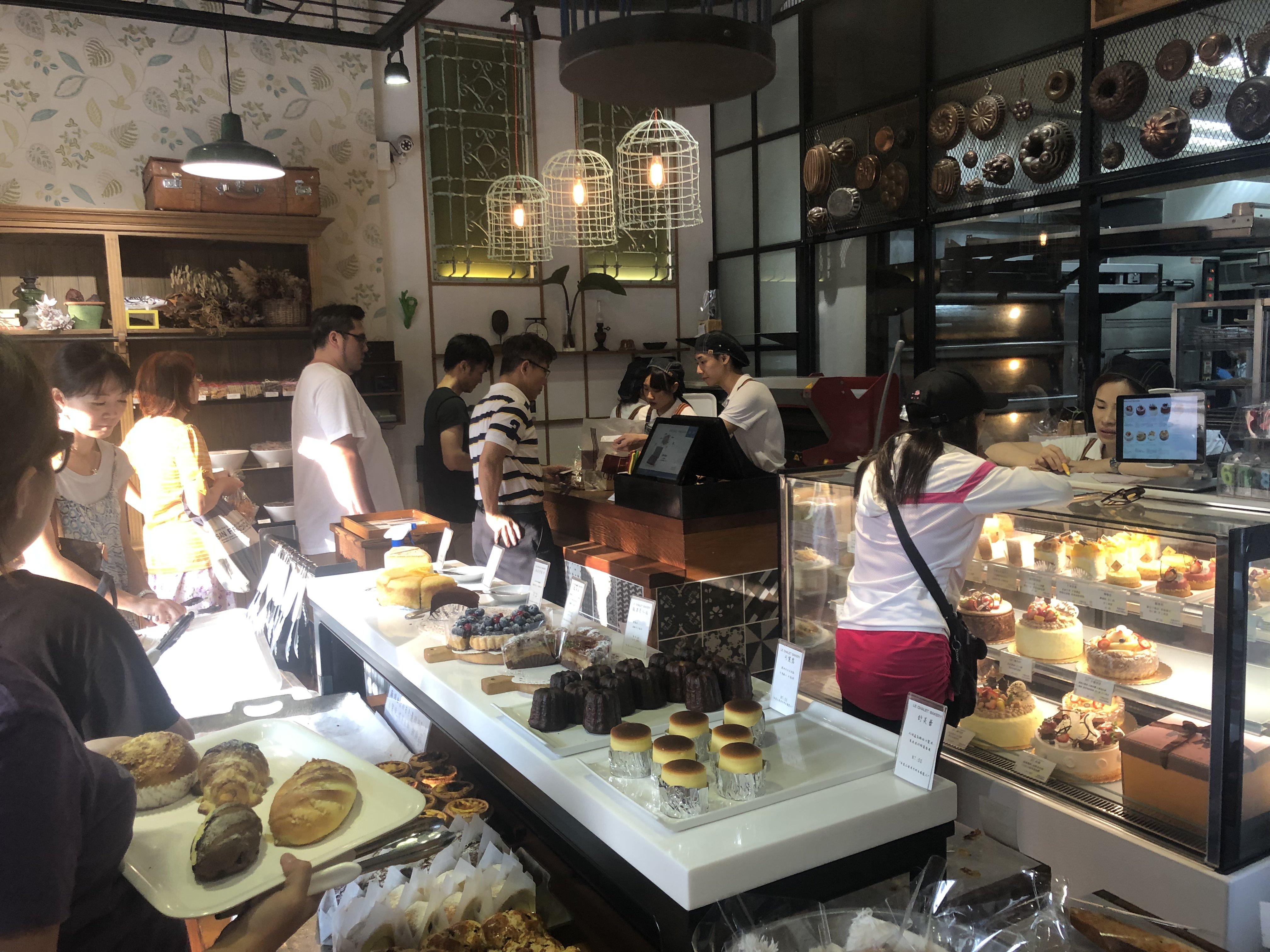 新竹美食|傑里麵包LE CHALET BAKERY 招牌海鹽餐包神好吃,正中我心 - 拉傻去哪兒 Lasha