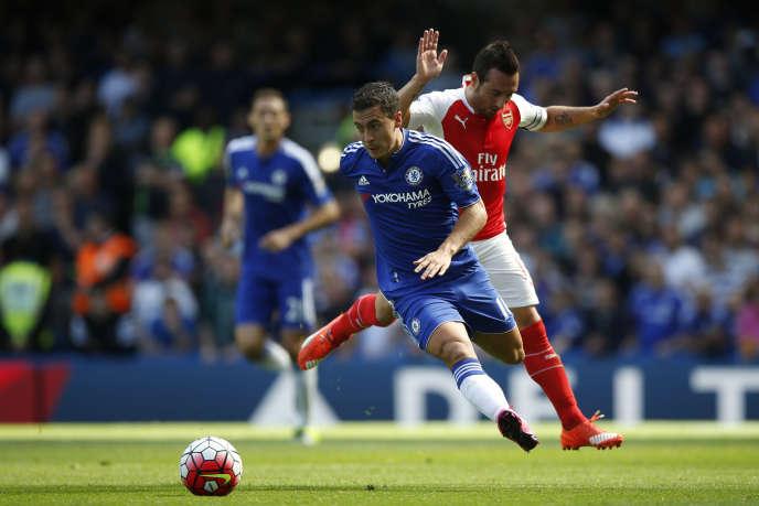 Иден Азар (здесь, во время матча Премьер-лиги в 2015 году) провел семь лет в английском клубе «Челси».