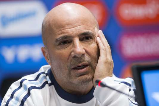 Le sélectionneur de l'Argentin, Jorge Sampaoli, le 10 novembre 2017 à Moscou.