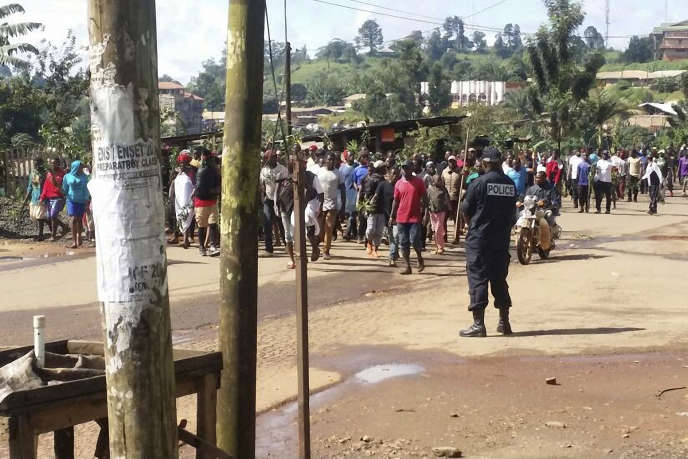 During a demonstration against the discrimination of English-speaking Cameroonians, in Bamenda, September 22, 2017.