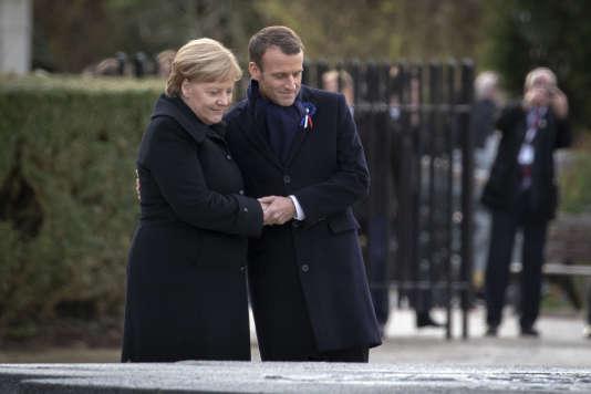 Emmanuel Macron, président de la République and Angela Merkel, chancelière de la République fédérale d'Allemagne particpent à une cérémonie à l'occasion du centenaire de l'Armistice du 11 November 1918 à la Clairière de l'Armistice à Compiègne, samedi 10 November 2018 - 2018