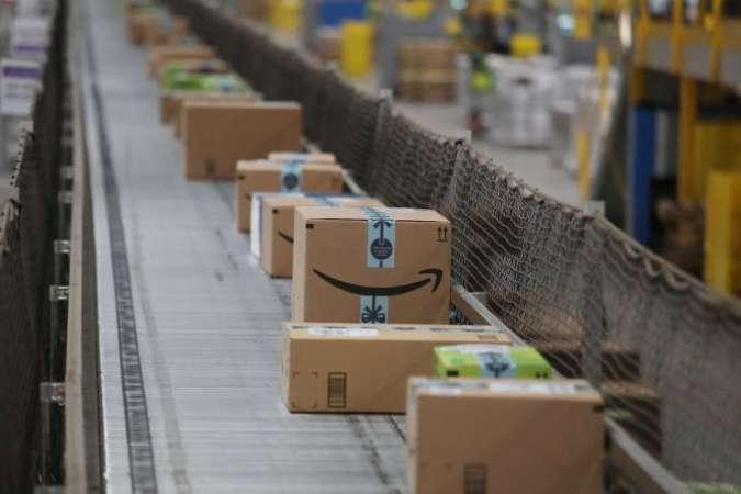 Entrepôt d'Amazon à Robbinsville dans le New Jersey, le 26 novembre 2018.