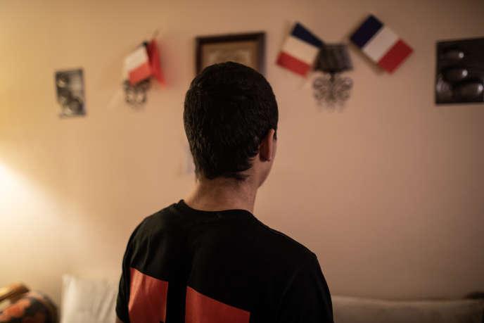 Oussama, 17 ans, chez lui : en première commerce au lycée Condorcet de Mantes-la-Ville, il est resté 24 h en garde à vue.