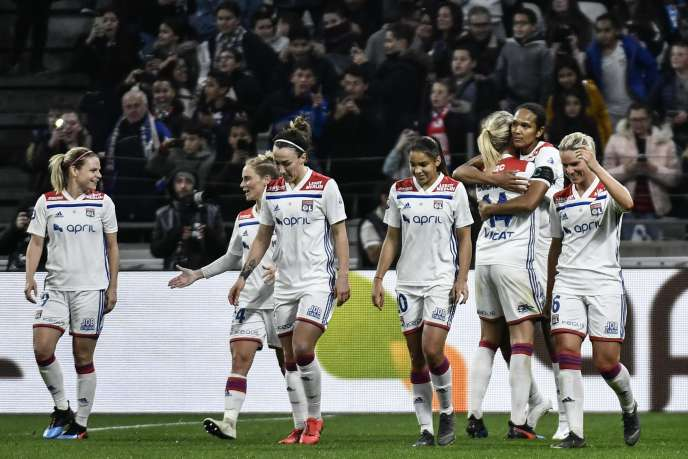 The Lyon players took a big step towards the title on Saturday (April 13th), after their victory against PSG.