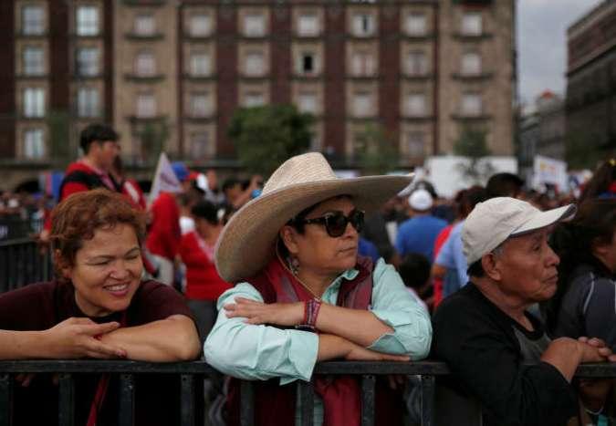 Rassemblement pour l'adresse à la nation du président Andres Manuel Lopez Obrador, à Mexico, le 1er juillet.