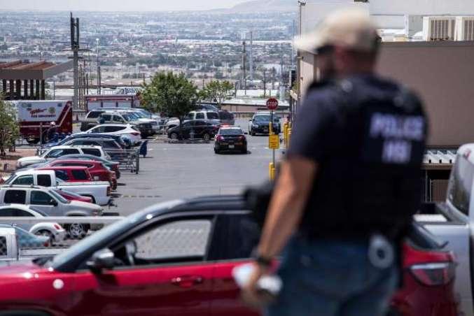 De nombreux policiers ont été déployés dans le centre commercial Cielo Vista, samedi 3 août à El Paso.