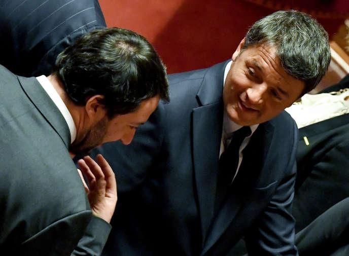 Matteo Salvini (à gauche) et Matteo Renzi, le 24 mars 2018 à Rome.