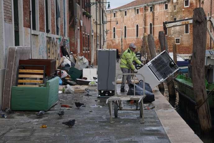 Venezia, Lunedì 18 Novembre.